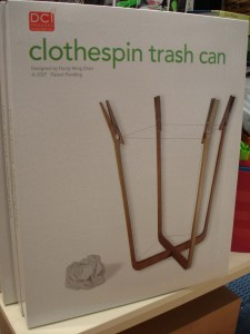 clothespin-trash-can