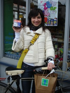 liz-alessi-with-bike-bell1